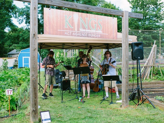 Pine Sap Kings surround the Urban Farm with bluegrass tunes at Alfresco at the Farm.