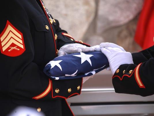 635809592868258318-102015-unclaimed-veterans-funeral-rg-13