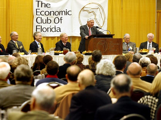 Former U.S. Sen. Bob Graham speaks to a luncheon meeting of the Economic Club of Florida on Jan. 14, 2011, at the Civic Center.