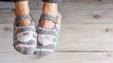 Many cancer patients experience nerve damage in their feet, so slippers or warm socks can offer protection and comfort.