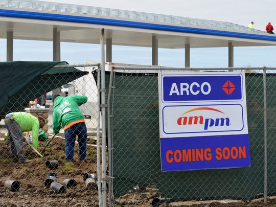 A new Arco AMPM is under construction in Plaza Business