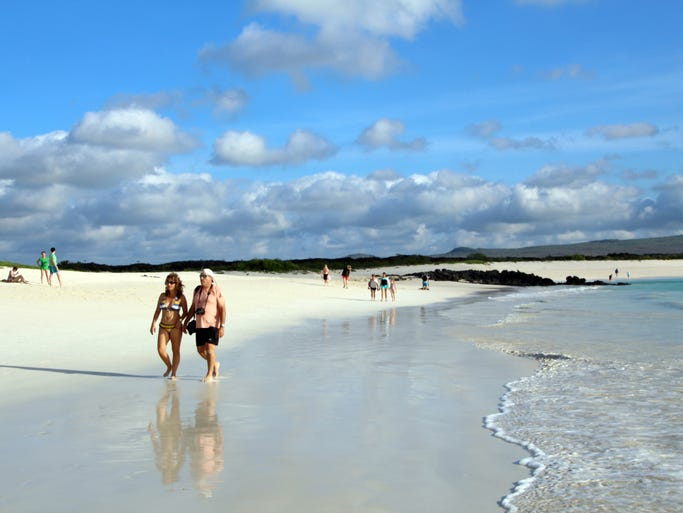 The expansive white coral beach at Cerro Brujo is considered one of the most spectacular in the Galapagos. Its calm waters make it perfect for families with children. You can snorkel or kayak from the beach, or take a peaceful walk along the shore.