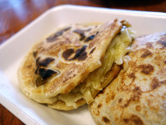 Rajas gordita with beans and cheese at Tacos Chiwas.