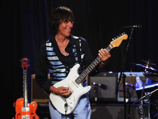Jeff Beck performs onstage at Les Paul's 95th Birthday