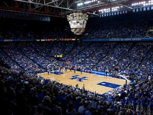University Of Kentucky Athletics October An Exciting: Record Number Lines Up For Kentucky Hoops Kickoff