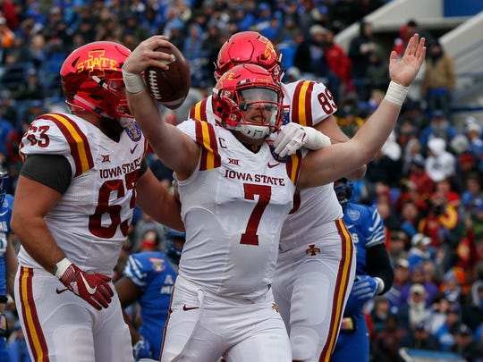Iowa State Cyclones Joel Lanning (7) scores a touchdown during the first half of the AutoZone Liberty Bowl Saturday, Dec. 30, 2017, in Memphis, Tennessee. ISU lead Memphis at the half, 14-10.