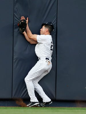 "Yankees manager Joe Girardi said on Tuesday that it's ""possible'' that Jacoby Ellsbury might return to the lineup as early as this weekend at Toronto. The Yankees center fielder collided with the outfield wall after hauling in a flyout hit by Kansas City Royals Alcides Escobar in the first inning of a baseball game at Yankee Stadium in New York, Wednesday, May 24, 2017. Ellsbury left the game shortly thereafter and the Yankees placed him on the 7-day DL."