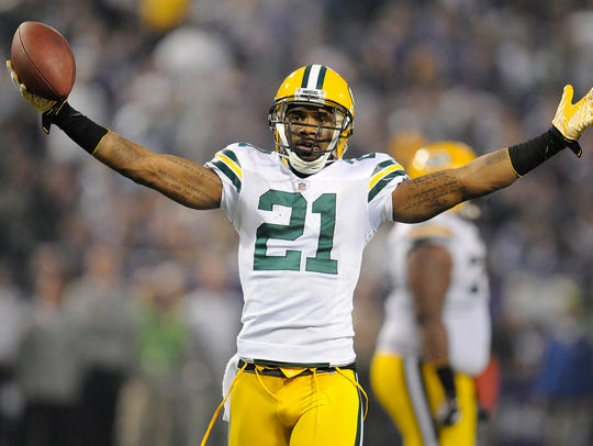 Charles Woodson will be eligible for induction into the Pro Football Hall of Fame in 2021.