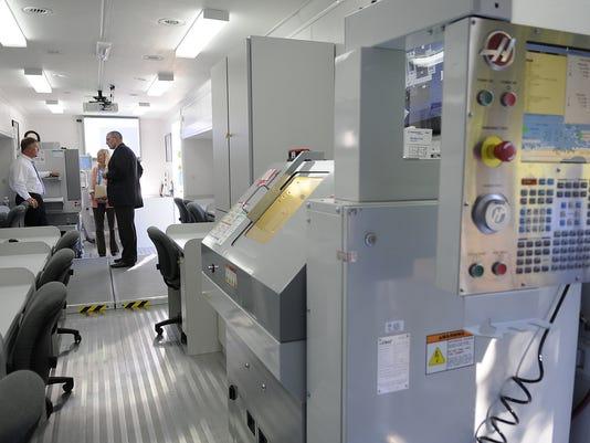 ES_CNC lab at NWTC_8.25.11