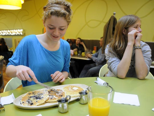 Snooze, an AM Eatery offers pancake flights.