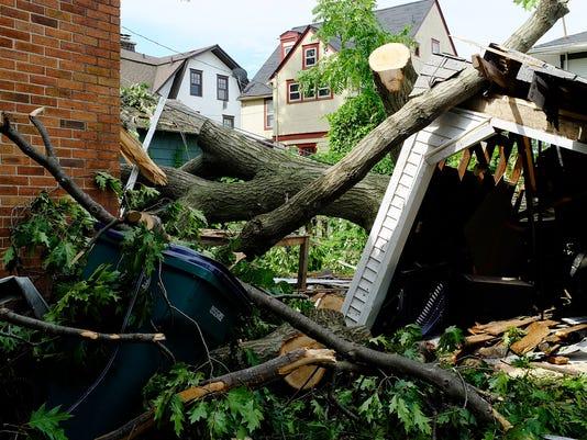 636038515884868042-EL-Storm-Damage-3.jpg