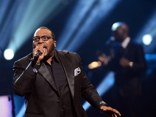 Bishop Marvin Sapp performs.