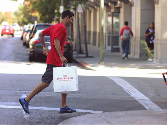 DoorDash is now delivering in the Fort Myers area.