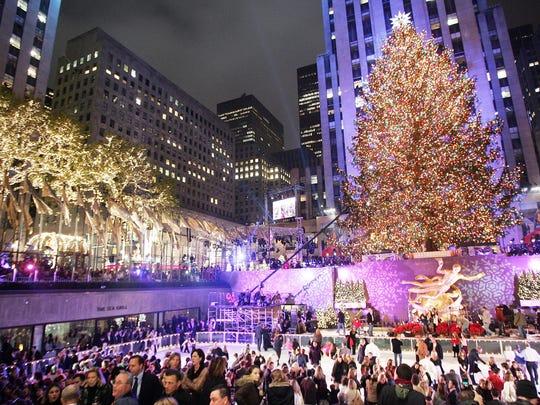 NEW YORK - NOVEMBER 29:  The 74th annual Rockefeller