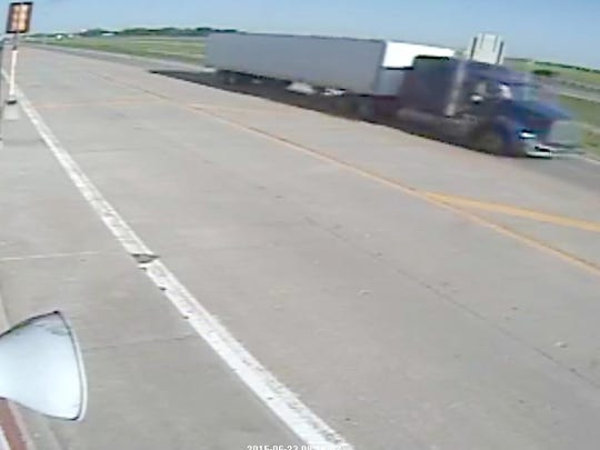 State Patrol seeks semi in fatal crash