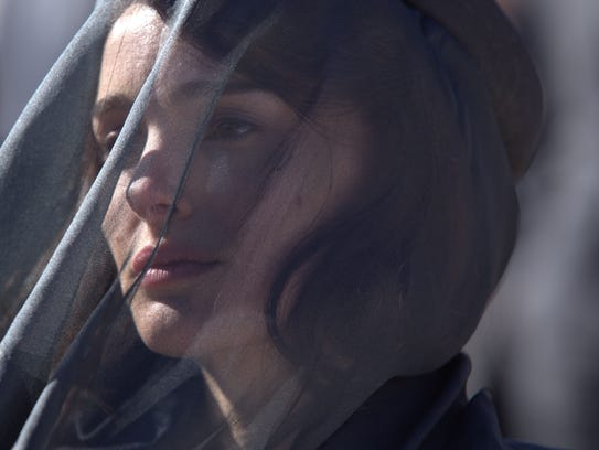 Natalie Portman's performance as 'Jackie' looks Oscar-ready.