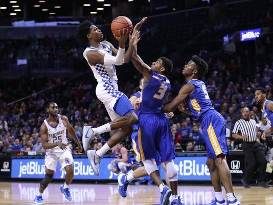 NCAA Basketball: Kentucky vs Hofstra