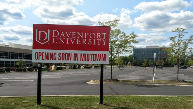 The sign facing Victor Parkway announcing Davenport University's intentions to move its Livonia campus to Detroit.