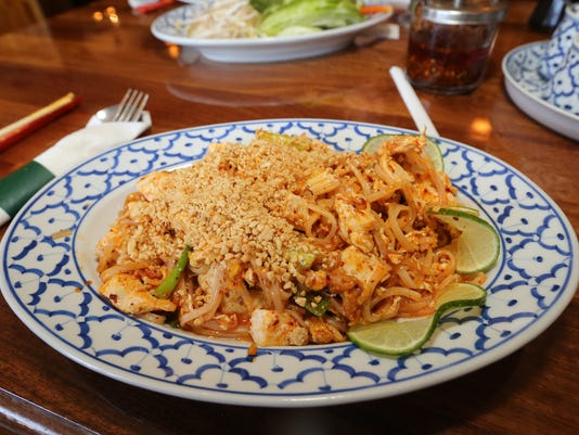 635792308886235555-03-Bangkok-Thai-Cafe