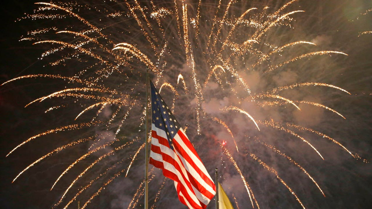 Although Independence Day may be a federal holiday commemorating the adoption and signing of the Declaration of Independence on July 4th, 1776 that declared independence of the thirteen American colonies from Great Britain's rule, the holiday has so