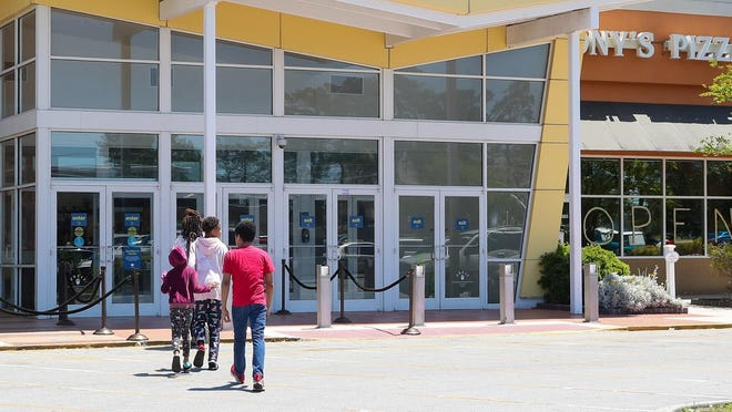 As North Carolina enters Phase 1 many stores begin to reopen and increase the number of customers. Jacksonville Mall opened it's doors Saturday, traffic on the roads increased and more people came out to shop.