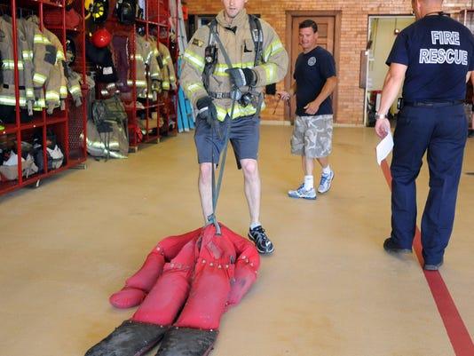 -MAR firefighter test 132.jpg_20140531.jpg