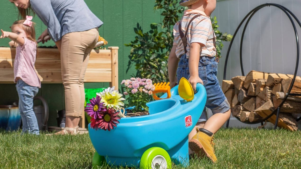 10 Fun Toys Your Kids Will Love Using Outside This Spring