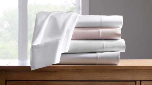 Best gifts for wives 2020: Home Decorators Collection Cotton Supima Queen Sheet Set.