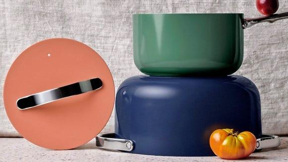 Peralatan masak warna-warni ini akan mencerahkan dapur Anda - tetapi apakah berhasil?