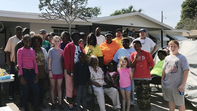 """The last """"Love thy Neighborhood"""" event brought together an enthusiastic group of volunteers."""