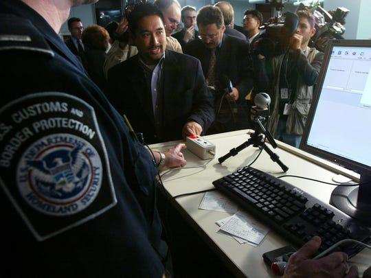 Reabren aplicaciones para visas H1B