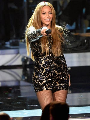 Beyonce will head the Made in America festival.