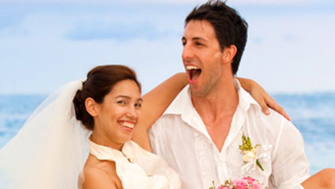 here  es the bride norwegian to offer weddings