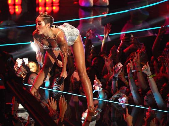 AP 2013 MTV Video Music Awards - Show