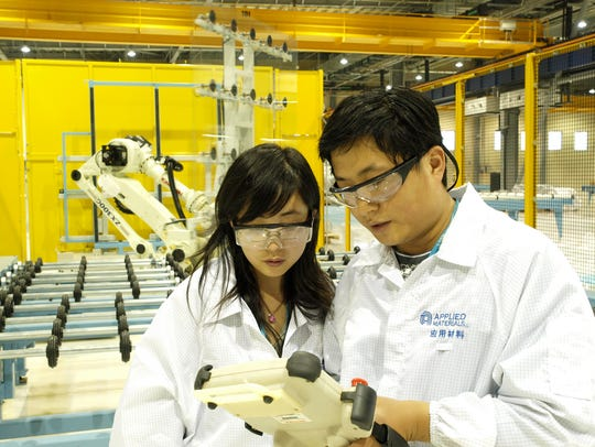 Technicians in the Applied Materials Xi'an China Technology