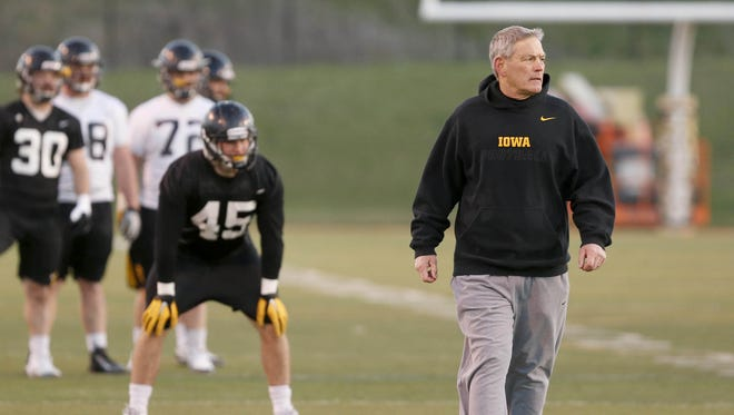 Levi Duwa from Mid-Prairie of Wellman committed to Kirk Ferentz and the Iowa football team Sunday morning