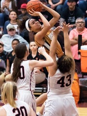 Beeville's Kamaria Gipson Photo by Kevin Keller/Beeville Bee-Picayune