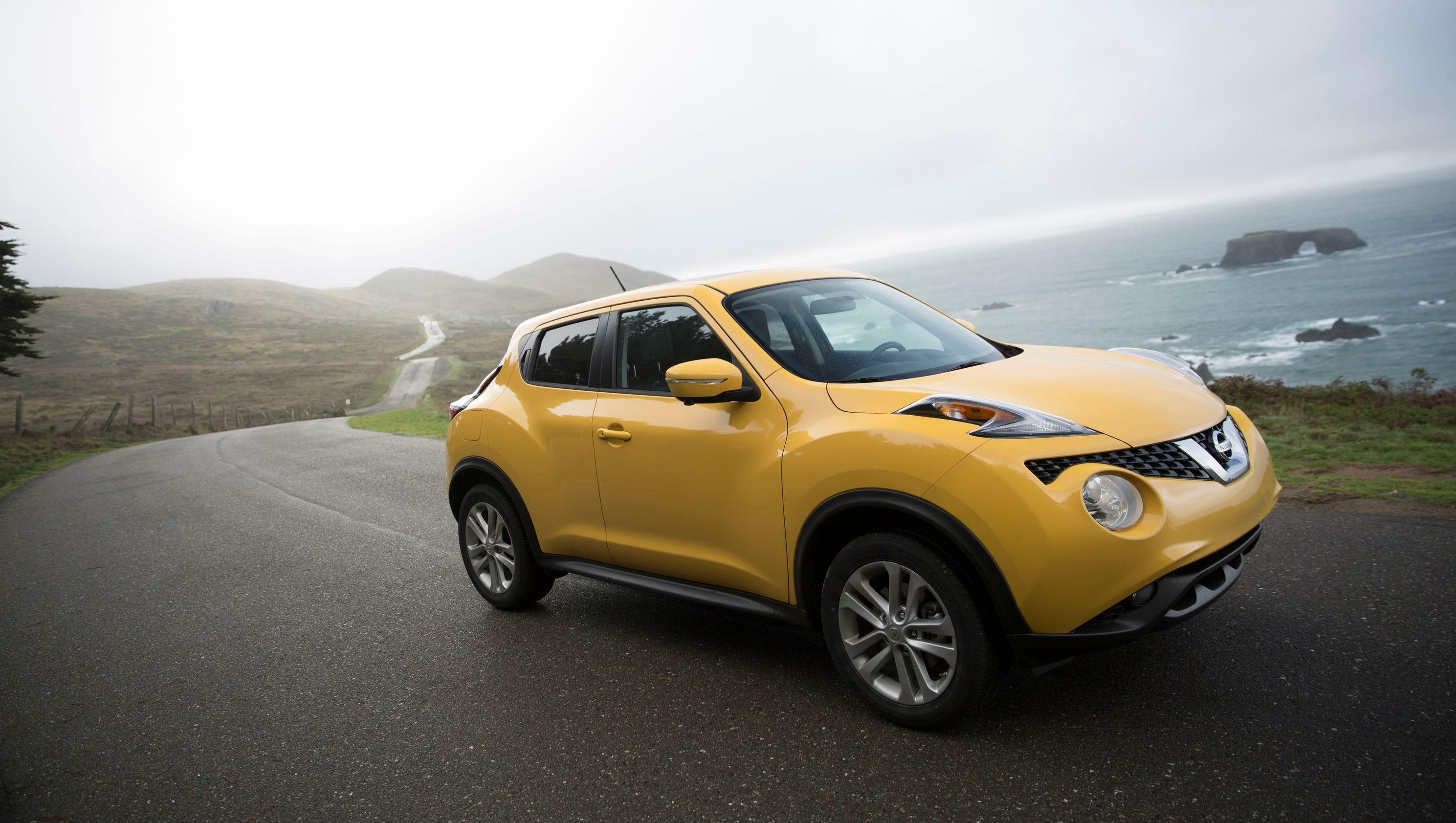 auto review 2015 nissan juke rocks your quarter. Black Bedroom Furniture Sets. Home Design Ideas