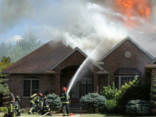 APC Grand Chute fire 080115_rbp312