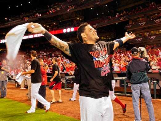 Game 3 in St. Louis - Cardinals 3, Dodgers 2: Yadier