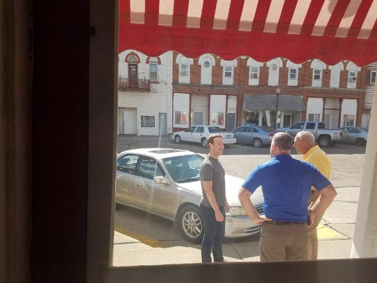 Mark Zuckerberg chats with Wilton residents outside