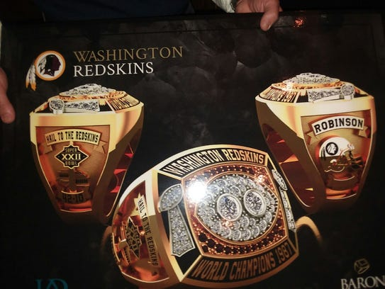 Former Tennessee and Washington Redskins quarterback Tony Robinson saw images Tuesday of what his 1987 Super Bowl ring will look like.