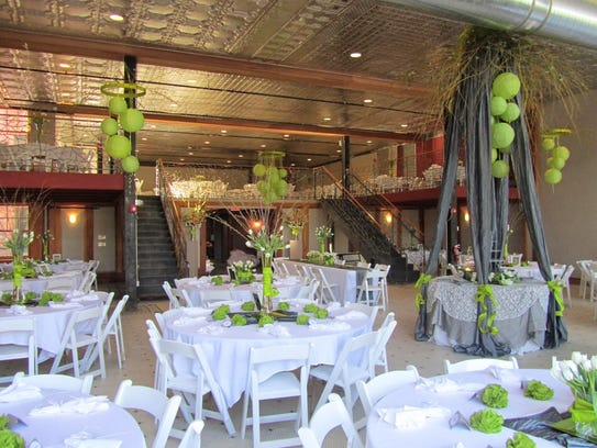 Places To Hold Wedding Receptions: Say 'yes' To These Wedding Venues Of Central Iowa