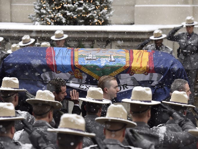 01/06/15 11:12:32 AM -- New York, NY, U.S.A  -- Funeral