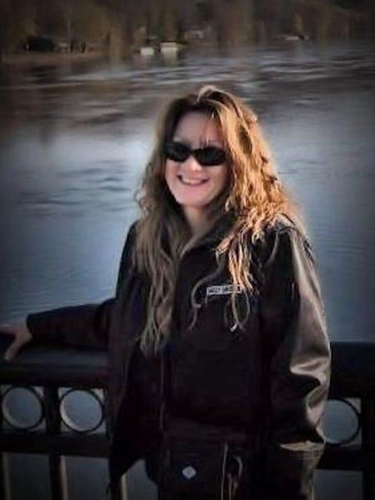 Sharon O'Brien Huey profile pic 3.jpg
