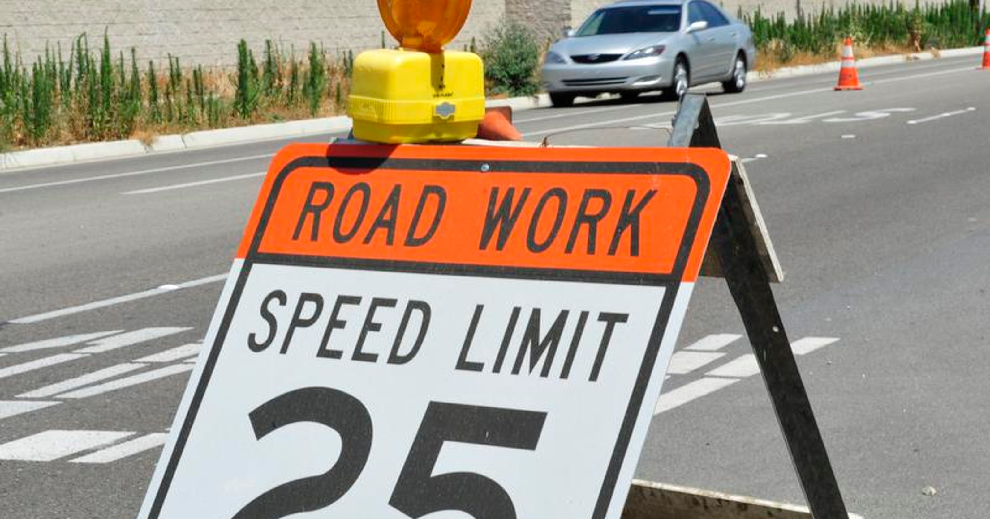 Road work next week will slow traffic between Tulare and Lindsay