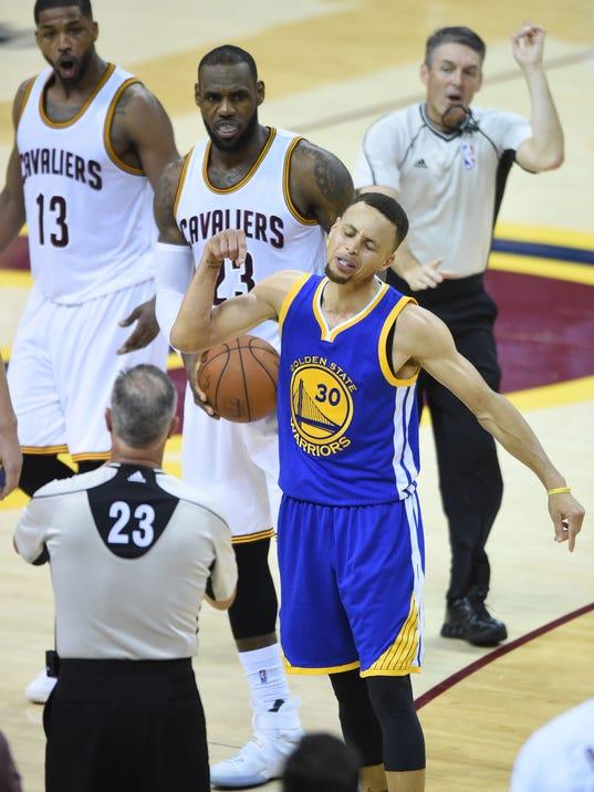 USP NBA: FINALS-GOLDEN STATE WARRIORS AT CLEVELAND S BKN USA OH