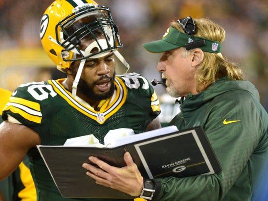 Packers outside linebackers coach Kevin Greene talks