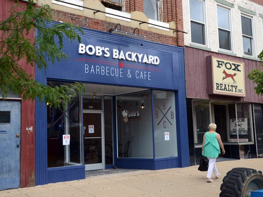 Bob's Backyard Barbecue & Cafe opened Thursday night