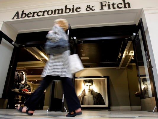 AP HOLIDAY SHOPPING-TEEN RETAIL BLUES F FILE USA OH